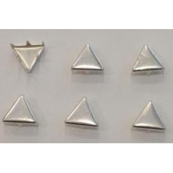 Clous à griffes triangulaire